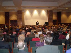 Motivational speaker Brad Montgomery makes his audience laugh and stress free with the most funny inspirational speeches.